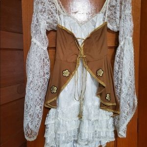 Pirate lady costume lace dress with brown corset